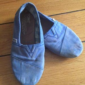 TOMS light blue alpargata classics distressed look